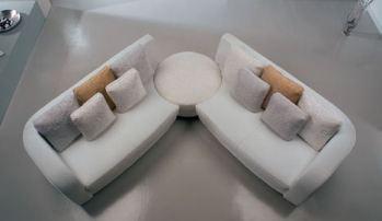 la-meteora-bellini-clock-sofa-angled.jpg